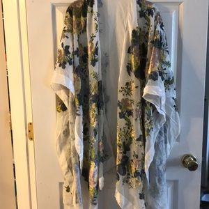 Anthropologie velvet burnout kimono